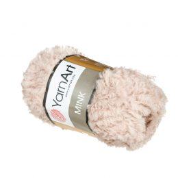 Yarn Art Mink 331 to cudownie miękka włóczka. Lekka i puszysta dzięki czemu idealna na zabawki, koce oraz poduszki.