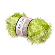 """Yarn Art Samba 35 w kolorze trawy. Fantazyjna włóczka typu """"trawka"""""""