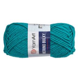 Yarn Art Merino Bulky 11448 to super ciepła włóczka w kolorze morskim idealna na szaliki, czapki, czy kapcie. Akryl z wełną, 100g/100m
