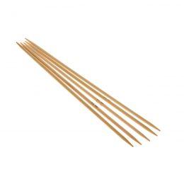 Druty skarpetkowe 3.5mmwykonane z bambusa od firmy SKC. Bambus jest lakierowany i pozbawiony odstających włókien.