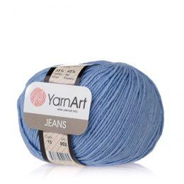 Włóczka Yarn Art Jeans 15 w kolorze niebieskim to kultowa propozycja największego tureckiego producenta. Jej skład to mieszanka bawełny z akrylem.