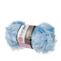 """yarn art samba 2029 w kolorze błękitnym. Jest to włóczka typu """"trawka"""" w 100% wykonana z poliestru. Idelna na fantazyjne poduchy oraz pluszaki amigurumi."""