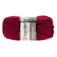 Yarn Art Merino Bulky 577 w kolorze bordowym to cieplutka wełniano-akrylowo włóczka idealna na czapki, swetry, szale czy koce.