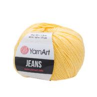 Włóczka Yarn Art Jeans 88 w kolorze budyniowym to kultowa propozycja największego tureckiego producenta. Jej skład to mieszanka bawełny z akrylem.