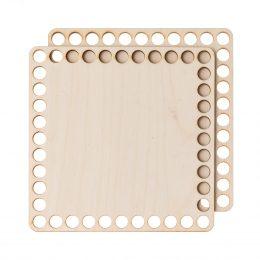 Baza do koszyka ze sznurka, kwadratowa gładka o wymiarach 15cm na 15cm. Posiada 40 otwory do przewlekania sznurka. Sprzedawana jako prara pokrywa i dno