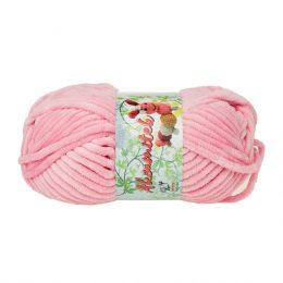 Opus Natura Aksamitek 20 w kolorze różowym to pluszowa, gruba włóczka, wykonana z poliestru. Dzięki swej miękkości jest idealna do tworzenia zabawek.