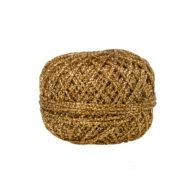 Sznurek świąteczny złoty 50mbdoskonale nadaje się do ozdabiania świątecznych paczek i prezentów. Szerokość sznurka to około 1mm.