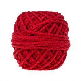 Sznurek bawełnianyBawełenka czerwona 370 to 100% bawełny w postaci przędzonego sznura o średnicy 5mm. W zwiniętym w kulkę motku jest 50 m.