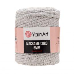 Włóczka Yarn Art Macrame Cord 5mm 756 szaryto 60% bawełny i 60% poliestru i wiskozy . Jej najbardziej charakterystyczną cechą jest przędzona struktura.