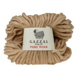 Gazzal Pure Wool 5251 jasny beż to australijska wełna z merynosów. Mięciutka o luźnym splocie, idealna na czapki, szale i pledy.