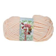 Opus Natura Aksamitek 37 w kolorze morelowym to pluszowa, gruba włóczka, wykonana z poliestru. Dzięki swej miękkości jest idealna do tworzenia zabawek.