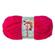 Opus Natura Aksamitek 61 w kolorze fuksji to pluszowa, gruba włóczka, wykonana z poliestru. Dzięki swej miękkości jest idealna do tworzenia zabawek.