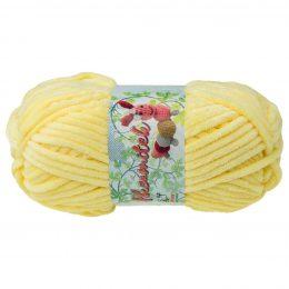 Opus Natura Aksamitek 216 w kolorze jasny żółtym to pluszowa, gruba włóczka, wykonana z poliestru. Dzięki swej miękkości jest idealna do tworzenia zabawek.
