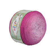 Alize Bella Ombre Batik 7431 to przepiękna cukierkowa bawełna ombre w odcieniach fuksji.Motki o wadze 250g mają aż 900 metrów!