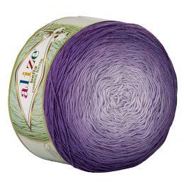 Alize Bella Ombre Batik 7406 to przepiękna cukierkowa bawełna ombre w odcieniach fioletu.Motki o wadze 250g mają aż 900 metrów!