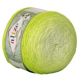 Alize Bella Ombre Batik 7412 to przepiękna cukierkowa bawełna ombre w odcieniach limonki.Motki o wadze 250g mają aż 900 metrów!