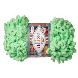 Alize Puffy Fine 516 pluszowa fantazyjna włóczka w kolorze pistacjowym. Do tworzenia nie potrzeba drutów ani szydełka!