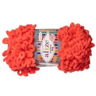 Alize Puffy Fine 526 pluszowa fantazyjna włóczka w kolorze koralowym. Do tworzenia nie potrzeba drutów ani szydełka!