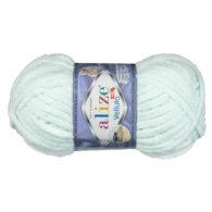 WłóczkaAlize Velluto 15 to pluszowa, miękka włóczka w kolorze mięty. Alternatywa dla Dolphin Baby. 100g/68m