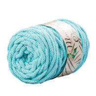 Opus Natura Macrama 5mm 126 to wyjątkowo miękki sznurek bawełniany zwinięty w walcowate motki po 250g i 60m. 80% bawełny i 20% poliestru.