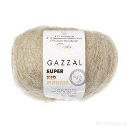 Gazzal Super Kid Mohair 64407 to super mięciutka moherowa włóczka w kolorze naturalnym. 25g/237m. Idealna na jesienno-zimowe udziergi.