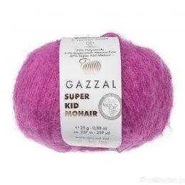 Gazzal Super Kid Mohair 64415 to super mięciutka moherowa włóczka w kolorze kwiatu piwonii. 25g/237m. Idealna na jesienno-zimowe udziergi.