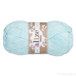 Alize Bella 514 to bawełniana włóczka w kolorze błękitnym. Naturalna propozycja do amigurumi. Wersja 100g/360m