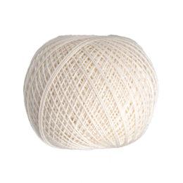 Ariadna Kaja 15 0000 w kolorze kremowym to 100% bawełna merceryzowana od polskiego producenta nici i mulin. 30g/200m, grubość 50 tex