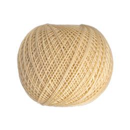 Ariadna Kaja 15 304 w kolorze cielistym to 100% bawełna merceryzowana od polskiego producenta nici i mulin. 30g/200m, grubość 50 tex
